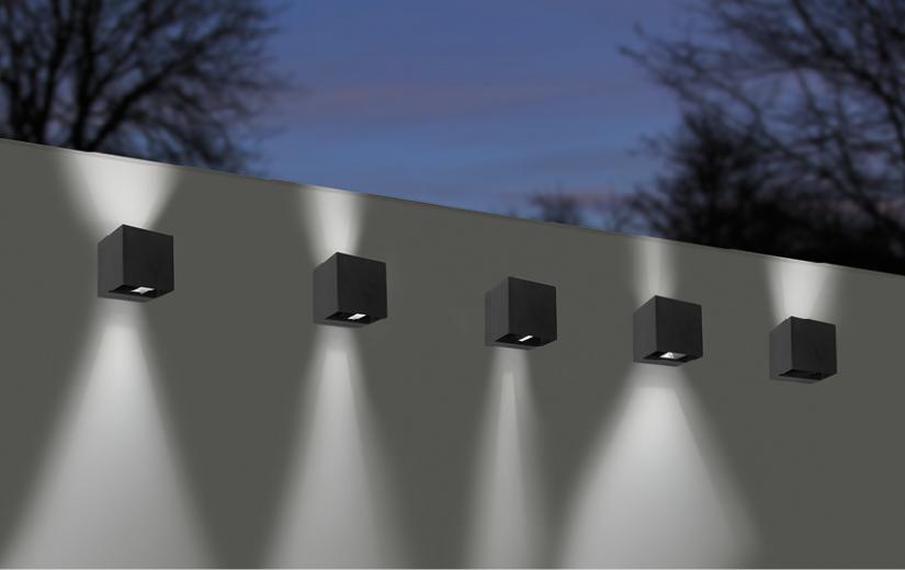 baccio wandarmatuur vierkant 120x110x120mm updown instelbare lichthoek 8w 2700k 480lm ip65 ik10 dimbaar wit