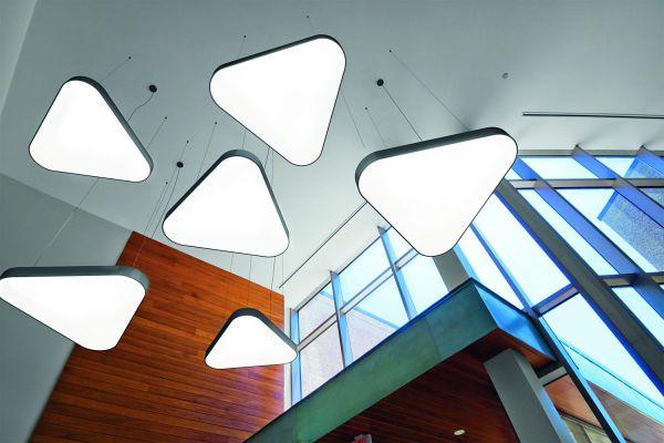 Stadhuis Aarschot - BLORE 111 ronde ring armaturen in wachtruimte