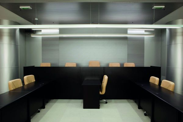 Appartementencomplex Haarlemmerweg Amsterdam    GIGI 350mm opbouw armatuur rond wit
