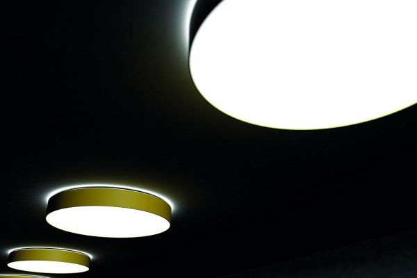 ACIBADEM International Medical Center - RINALDI armaturen vierkant gependeld