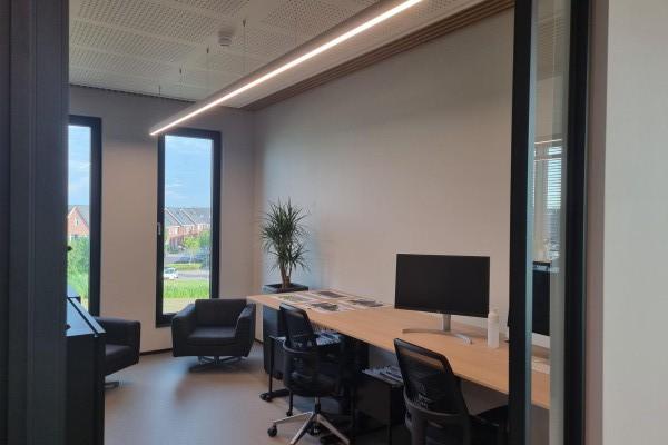 Appartementencomplex Haarlemmerweg Amsterdam - GIGI 350mm/450mm half-inbouw armatuur rond wit