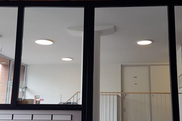 Artlux - RINALDI vierkant design armatuur in kapsalon